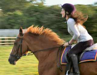 Fayley & Kizzy cantering in her bitless bridle